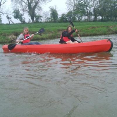 canoé pour découvrir le marais