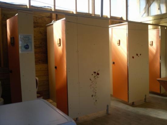 côté douche et wc