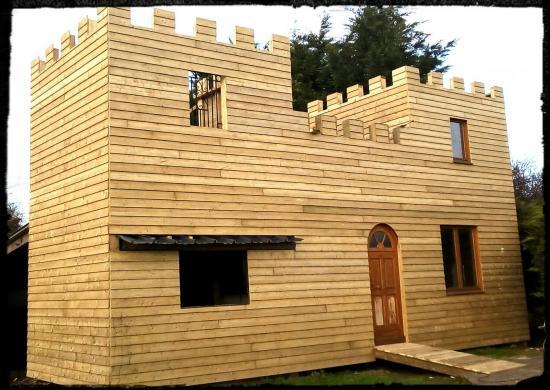 chateau médiéval en bois