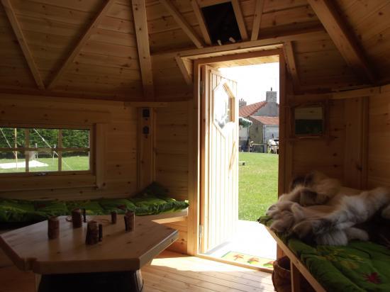 Intérieur cabane des elfes