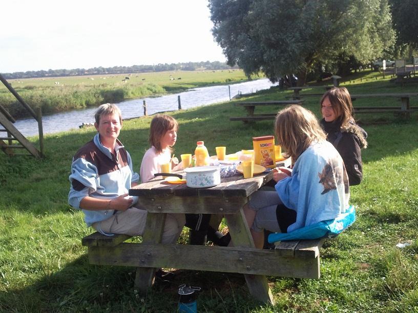petit déjeuner face au marais